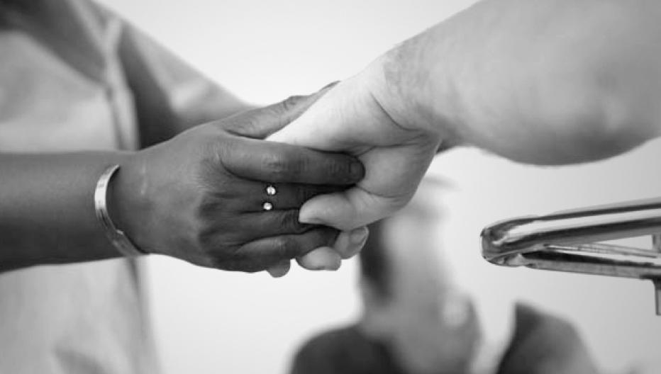 Fondation Anais tenir la main