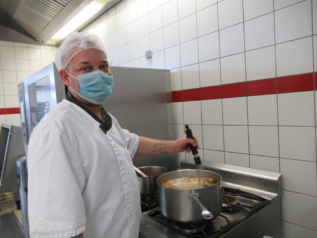 Fondation ANAIS - Travailleurs de la cuisine centrale 1