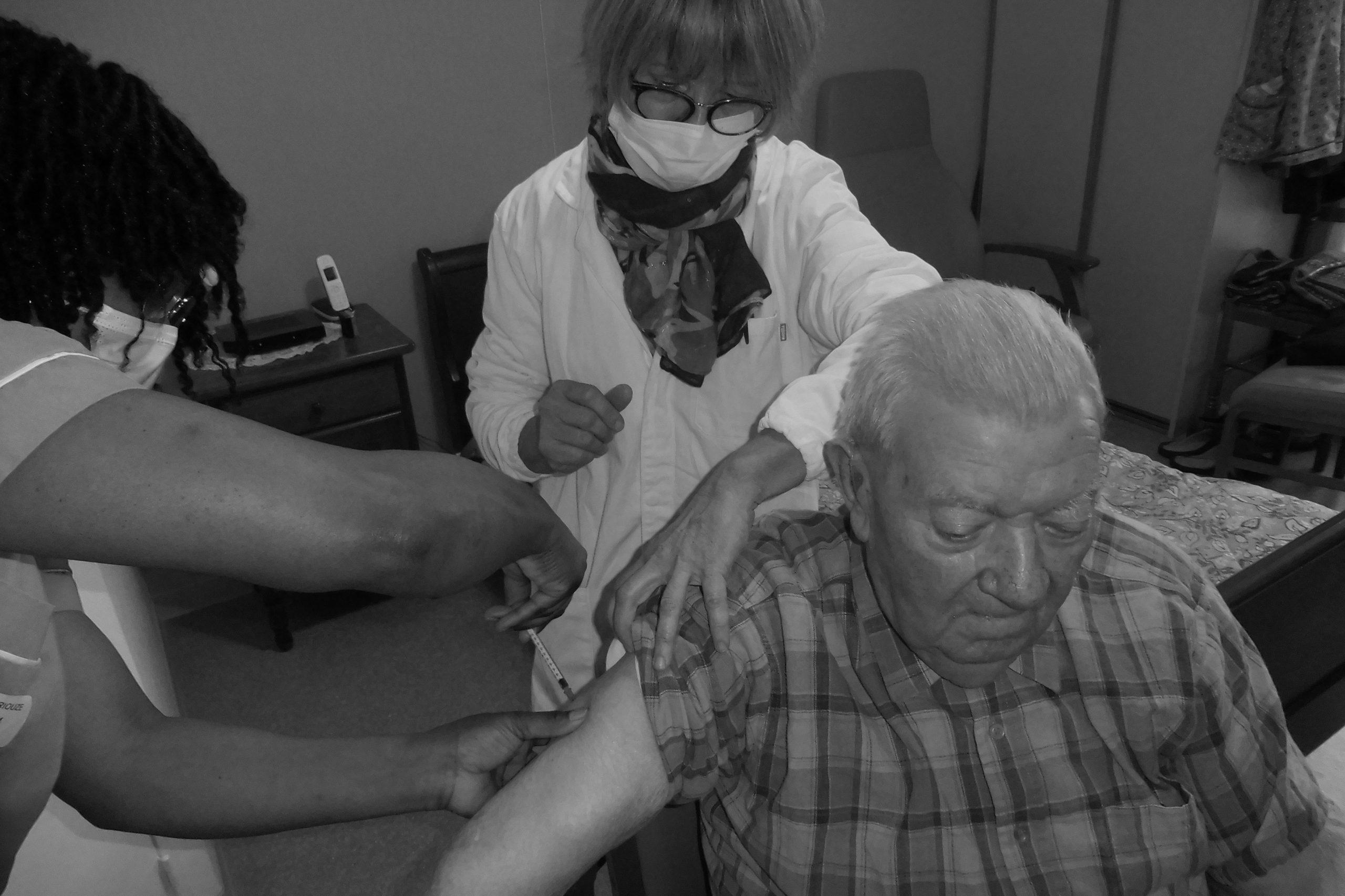 Stratégie vaccinale COVID à la Fondation ANAIS